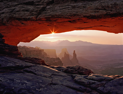 Sunrise at Mesa Arch by Gary Thompson
